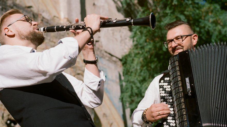 Na zdjęciu Orkiestra Ludwika Sarskiego